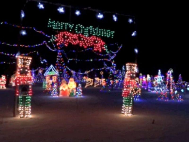 Tell us where are the best holiday lights in amherst for New hampshire motor speedway christmas lights