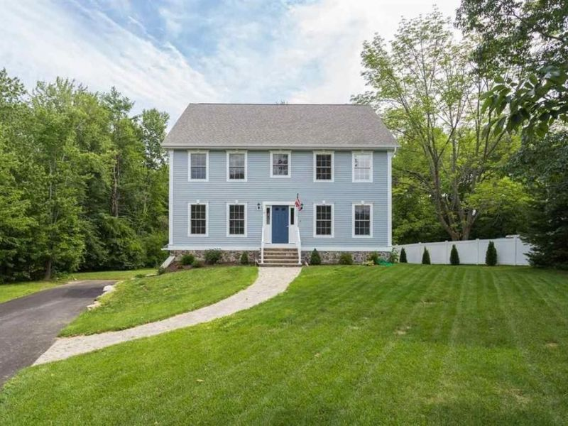 Homes for sale in portsmouth the seacoast nearby nh for Home builders in nh