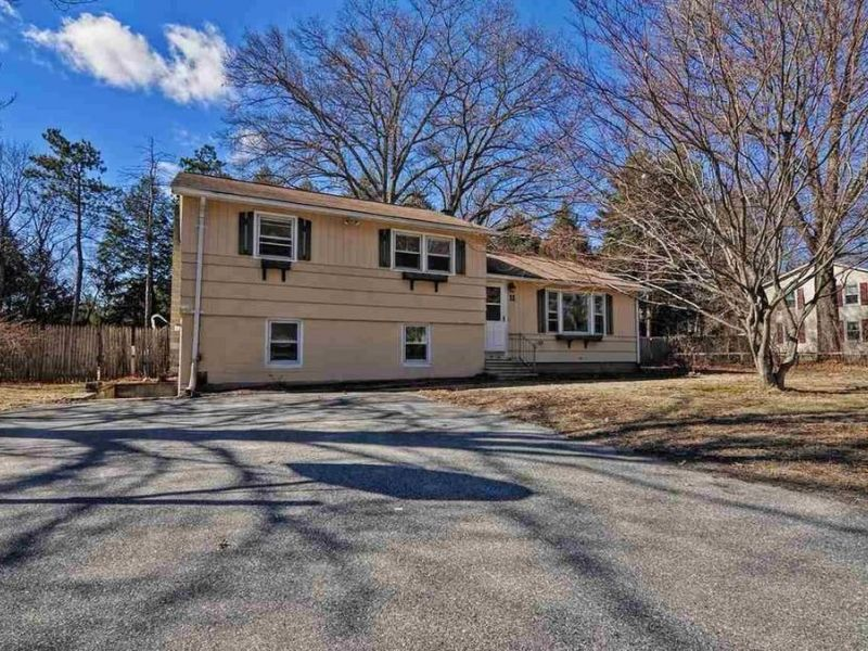 Homes for sale in merrimack and nearby nh real estate for Home builders in nh