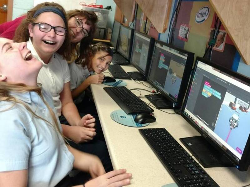 Companies Work With Nh Doe On Cyber Robotics Coding Competition