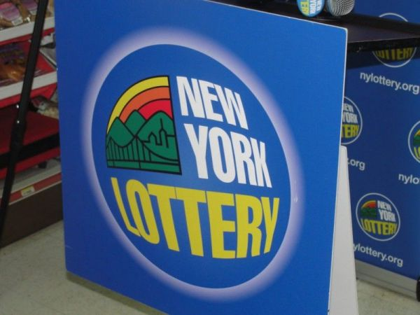 NY couple wins $10M on lottery scratch-off ticket