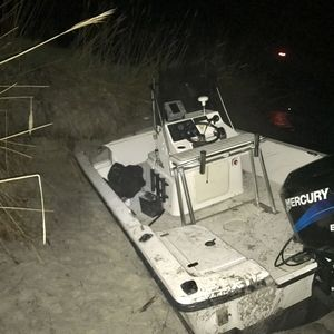 7 Rescued After Boat Runs Aground On Fire Island, Passenger Airlifted To Hospital