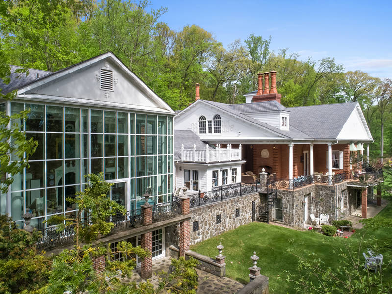 Celebrity CEO's Hudson Valley Estate For Sale for $30 Million