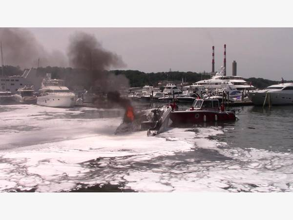 Four Injured In Boat Fire Port Jefferson Harbor