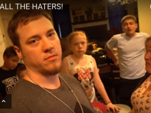 YouTube parents who pranked kids apologize, get counseling
