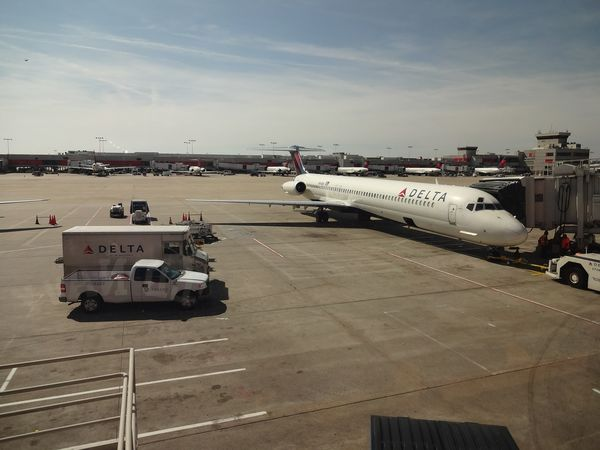 How To Avoid Long Security Wait Times At Atlanta