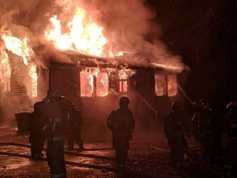 911 Dispatcher Loses 3 Dogs, Home In Fire | Patch PM