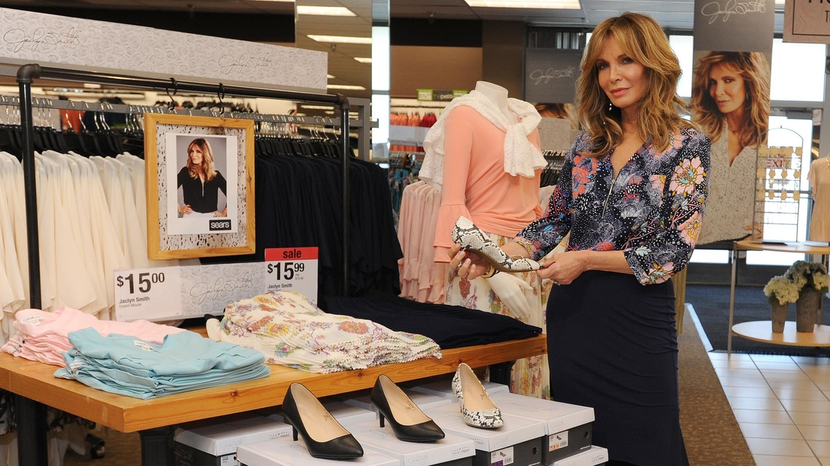 Jaclyn Smith Heads To Yonkers For Sears Meet And Greet Event New