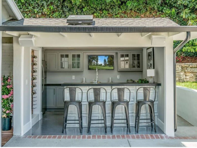 ... Your Toluca Lake Dream Home Has A Bedroom Miele Coffee Station 0 ...