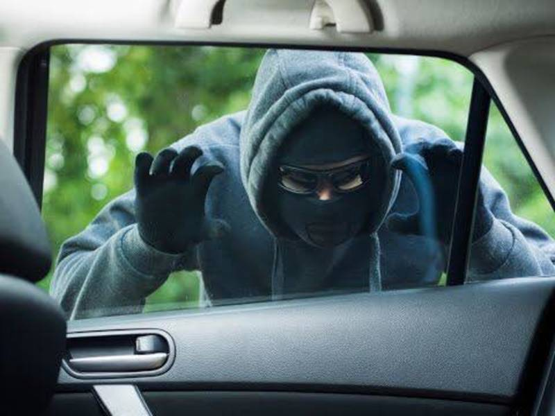 Mercedes Of Naperville >> Lock Your Car Doors, Geneva Cops Say After Burglaries, Car ...