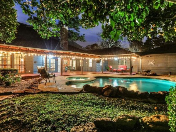 Find Your New Home The Top Five Homes In The Houston