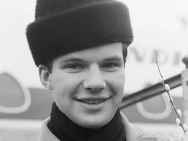 Bobby Vee The Night Has A Thousand Eyes Anonymous Phone Call