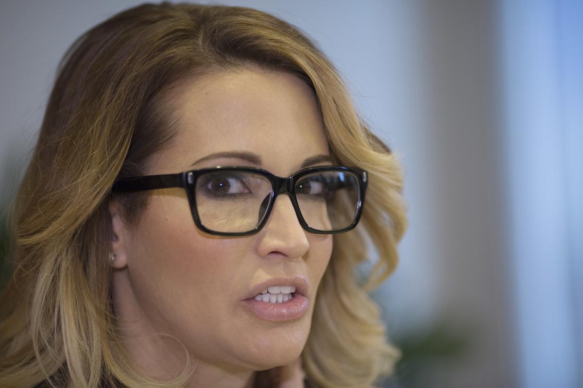 Porn Star Stormy Daniels Planned Trump Tell-All In 2016 -1884
