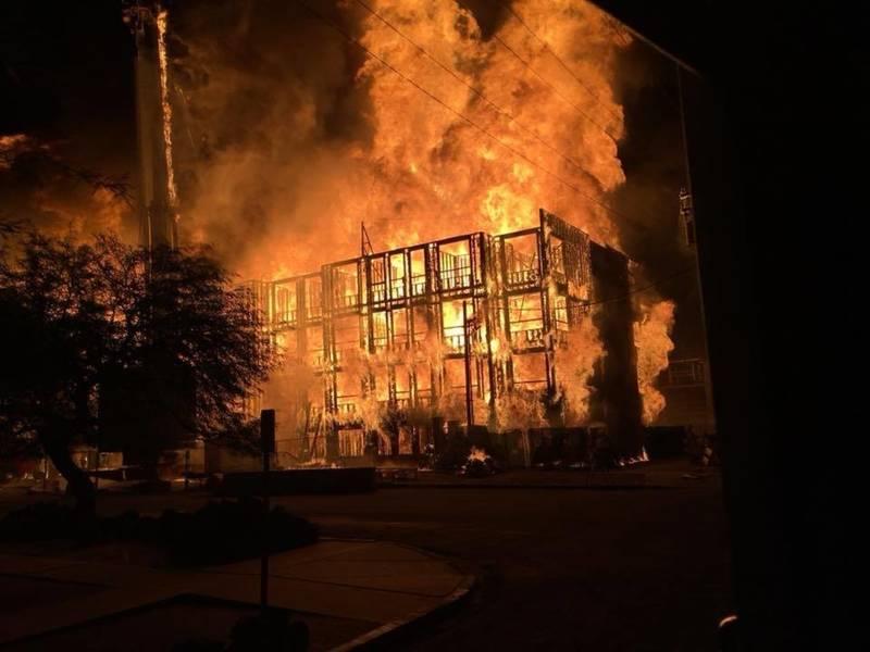 Tucson fire so hot construction cranes melted video tucson az patch publicscrutiny Gallery