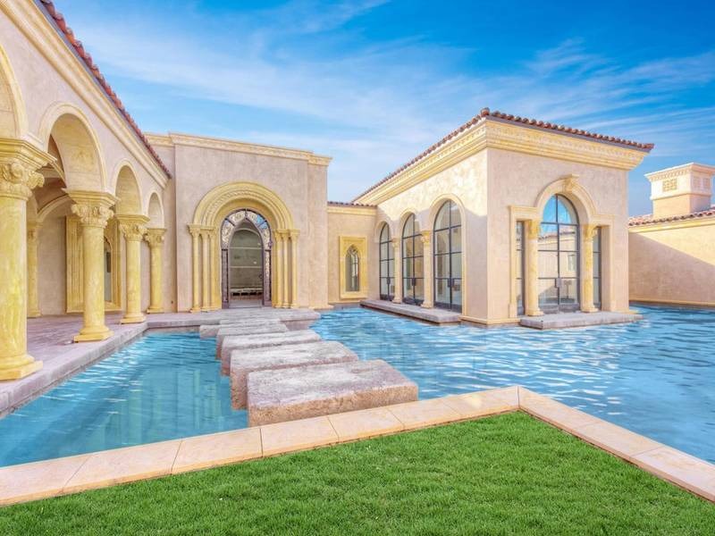 ... See This $19M Paradise Valley Mansion With 16 Bathrooms-0 ...