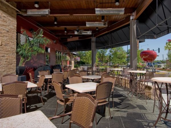 Nice Weather Brings Patio Dining At Weber Grill