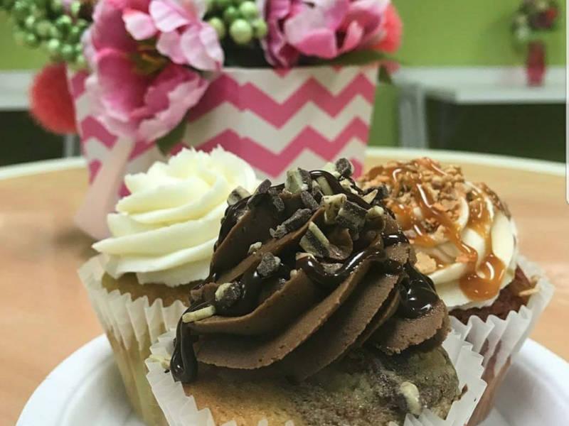 Make A Cake Cupcake Bar Douglasville