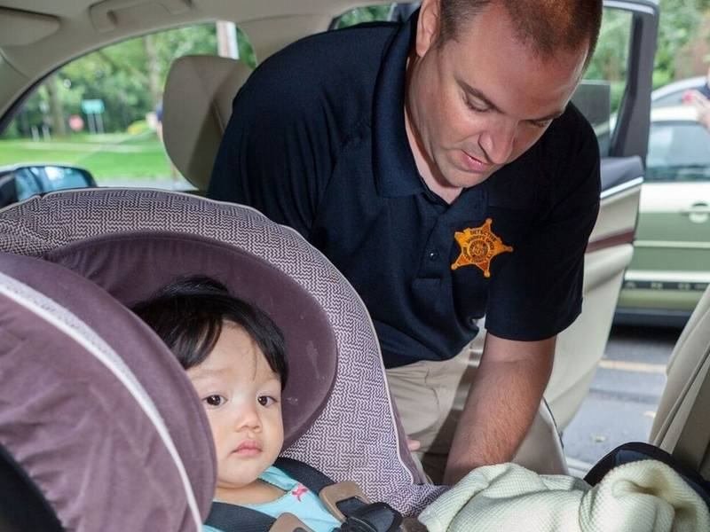 mercer county sheriff 39 s office helps parents with car seat issues lawrenceville nj patch. Black Bedroom Furniture Sets. Home Design Ideas