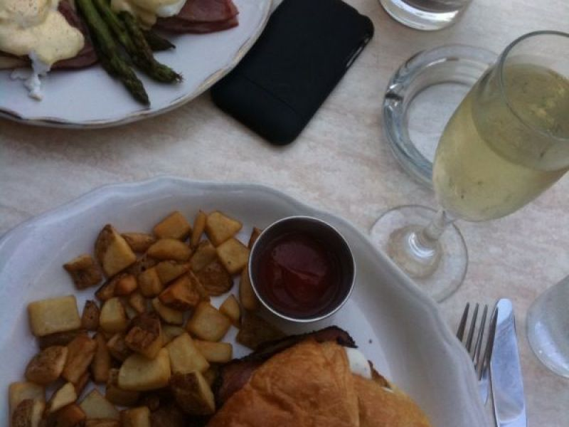 10 Awesome Places To Get New Years Day Brunch In Worcester County