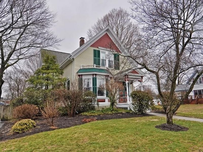 Homes for sale in grafton and nearby worcester county for Grafton house