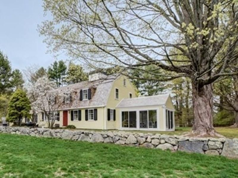 Homes for sale in worcester and nearby worcester county for Home builders in ma